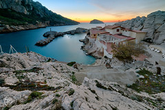 Le Cap croisette (Fujjii photographie) Tags: marseille lesgoudes calanques soir heurebleue poselongue paysage mer amazing beautiful fujjii provence pointerouge callelongue magnifique cestamarseille