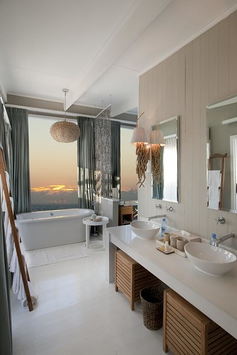 White Pearl - Exquisite ocean views