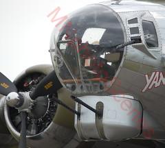 Front Seat (MNphotoScenes) Tags: edenprairie airexpo2013 wingsofthenorth boeing b17 yankeelady flyingfortress mnphotoscenes wotn