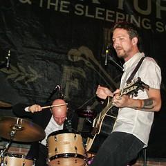 Frank Turner & The Sleeping Souls @ Music Hall, Williamsburg (Hardcore Shutterbug) Tags: sleeping music souls brooklyn frank hall with ben off hardcore heads williamsburg their turner messina shutterbug marwood frankturnerthesleepingsouls