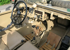 """Schiwmwagen (18) • <a style=""""font-size:0.8em;"""" href=""""http://www.flickr.com/photos/81723459@N04/9478245815/"""" target=""""_blank"""">View on Flickr</a>"""