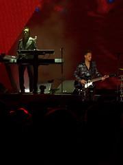 Depeche Mode (Stephen J Pollard (Loud Music Lover of Nature)) Tags: livemusic depechemode concertphotography guitarist guitarrista keyboardist martingore tecladista petergordeno