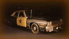 Police Car at Night - Dodge Monaco 74 (miniature car) ('Yannewvision') Tags: old france french 1974 miniature frankreich plymouth police monaco dodge francia 74 spielzeug fury jouet bluesbrothers  maquette miniatur anciennes bluesmobile alten  2013  policepatrol vielles dukeofhazzard copscar sheriffaismoipeur yannewvision