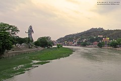 Haridwar (Anubhav Kochhar) Tags: canon river eos god shiva efs 1022mm ki ganga shiv har haridwar pauri canoneos60d soloindiantraveller anubhavkochhar airingbyway