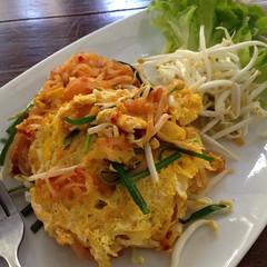 ผัดไทยกุ้งสด | Pad Thai with Fresh Prawn @ บ้านสวนกาแฟ | Baan-Suan-Ka-Fé