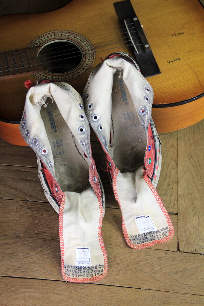 Converse 5 Gymnastikskor Tags Old Festival Shoes Guitar Sneakers Converse Chucks Trashed