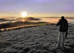 Autorretrato (Jabi Artaraz) Tags: sunset sol nature sunrise landscape amor sony paz natura paisaje amanecer views zb vistas autorretrato bizkaia vizcaya tranquilit araba gorbea tranquilidad lava ovejas rebao egunsentia ardiak euskoflickr zeanuri astrorey superaplus aplusphoto artaldea jartaraz alfa350