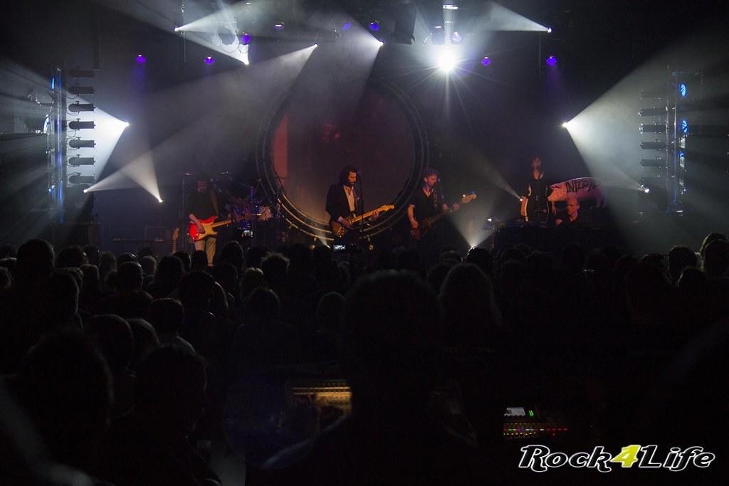 Infloyd 12-04-2012 W.K (21)