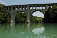 Rhne ( Fluss - River ) bei der Pont Butin ( Brcke - Strassenbrcke => Baujahr 1927 - Hhe 48m => Lnge 269m) im Kanton Genf - Genve in der Schweiz (chrchr_75) Tags: water juni river schweiz switzerland wasser suisse swiss rhne christoph svizzera fluss rhone 2014 suissa 1406 chrigu chrchr hurni chrchr75 chriguhurni chriguhurnibluemailch juni2014 albumrhne hurni140603 albumrhone albumrhneflussriver