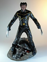 Hot Toys  MMS187  X-Men The Last Stand  Wolverine  In Your Face! (My Toy Museum) Tags: hot last toys stand action xmen figure wolverine