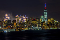 Happy 4th From NYC (Brandon Taoka) Tags: eastriver macysfireworks freedomtower july42014