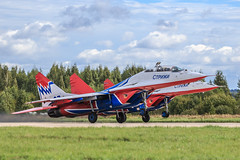 "MiG-29UB ""Swifts"" (""Strizhi"") (RealHokum) Tags: mikoyan mig29 fighter fulcrum swifts strizhi airshow aircraft airplane army2016 aerobaticteam kubinka ef200400 mig29ub"
