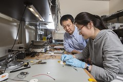 Zhanpeng Jin, Assistant Professor of Electrical and Computer Eng (BinghamtonUniversity) Tags: 2015 facultyandstaff esb engineeringandsciencebuilding itc innovativetechnologiescomplex watsonschoolofengineeringandappliedsciences lab laboratory vestal ny usa