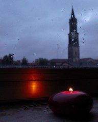 My favourite season. #autumn #rain #rainyday #storm #clouds #drops #windowview #light #candle #candlelight
