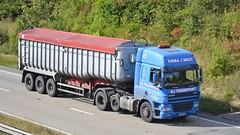 KE06 UEZ (panmanstan) Tags: daf cf wagon truck lorry commercial bulk freight transport haulage hgv vehicle a180 meltonross lincolnshire