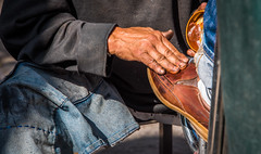 2016 - Mexico - San Luis Potosi - Hand Rubbed (Ted's photos - Returns late December) Tags: 2016 cropped mexico nikon nikond750 nikonfx sanluispotosi tedmcgrath tedsphotos tedsphotosmexico vignetting shoeshine polishing shoepolish streetscene street hand dirtyhand fingernails denim shoe loafer brownshoe sanluispotosiphotos busyhand people