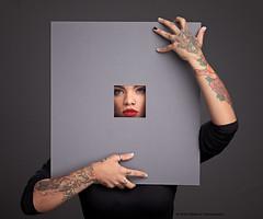 untitled (Stefanie Timmermann) Tags: model gee cutout window meta modelsession blog