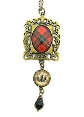 Ancient Romance Series - Scottish Tartans Collection - Wallace Clan Tartan Romantic Filigree Frame with Thistle Charm
