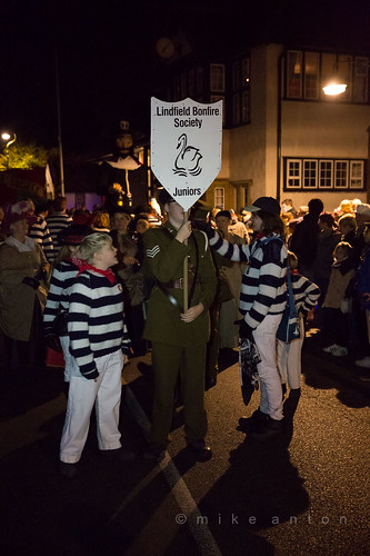 2016 Lindfield Bonfire Society procession and fireworks