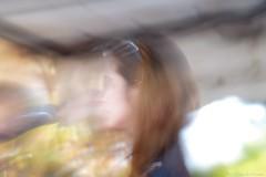 Elyse moi, lisez moi, Elise et moi... (Loran de Cevinne) Tags: portrait blur flou flouartistique elise pentax profil chevelure cheveux visage fminin