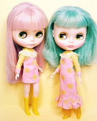 Candi and Sally are pastel pretties in two new vintage-style Flocked Frocks dresses, now available in my Etsy shop 💟