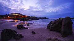 Twilight on Playa de Toro (TanzPanorama) Tags: playa playadetoro beach sand water seascape spain llanes asturias tanzpanorama sonya7ii sony sel1635z zeiss fe1635mmf4zaoss variotessartfe1635mmf4zaoss night twilight coast marine bay sky blue purple dusk