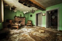 Empty house (Yann PESIN) Tags: urbex urban urbexing exploration decay oblivion path urbaine oubli ruine abandoned places exploring