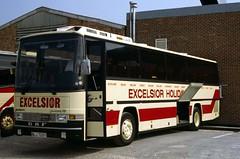 B0937D Excelsior DT BLJ725Y depot 9 Aug 83 (Dave58282) Tags: bus dt excelsior blj725y daf sb2300 jonckheere jubilee p35