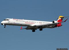 CRJ1000_AirNostrum_EC-MJP (Ragnarok31) Tags: canadair regional jet crj crj1000 air nostrum ecmjp
