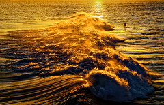 Hot Water. (Hanna Tor) Tags: sun sunset ocean gold wave hot water landscape art