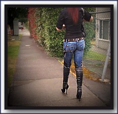 jeans, spacco e calze (World fetishist: stockings, garters and high heels) Tags: stiletto stilettoabsatze stilettos stivali stifel highheels heels highheel tacchiaspillo tacchi taccoaspillo spillo spacco suspenders calze calzereggicalzetacchiaspillo corset calzereggicalze corsetto gupire reggicalze reggicalzetacchiaspillo trasparenze bas straps stocking stockingsuspendershighheelscalze strumpfe stockings strapse stockingsuspenders strmpfe