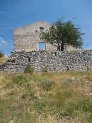 Chteauneuf-les-Moustiers ( iolo ) Tags: france abandoned montagne village f56 lr abandonn iso80 provencealpesctedazur chteauneuflesmoustiers s  canonpowershots90 6225mm