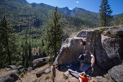 The Ampitheater, V4 (Ray Phung Photography) Tags: climb boulder bouldering climbing crush crushing forest granite laborday leavenworth nature outdoor scenic sport sports washington