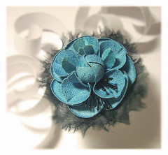 camellia (HER.Cha.) Tags: france flower fleur brooch silk camellia dyeing corsage fleuriste silkflower artificielle   broochfrance