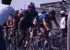 1982 World Cycling Champ048 (Tim Callaghan) Tags: cycling jones 1982 bikes flags kelly 35mmslides roads crowds goodwood lemond saroni worldroadracechampionships