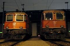 Re 4/4 II 11172 & 11125 (hans.hirsch) Tags: sbb 420 f depot re zürich 44 ffs cff 11125 11172 lokdepot