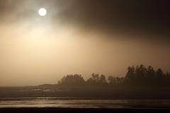 Long Beach / Incinerator Rock Fog Variations (rog45) Tags: ocean sunset canada canon bc vancouverisland pacificocean longbeach tofino 18200 1022 incineratorrock rog45 f2135