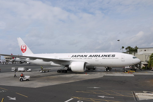JAL 777-246ER at HNL