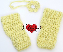 """Crochet baby Leg Warmers and headband • <a style=""""font-size:0.8em;"""" href=""""http://www.flickr.com/photos/66263733@N06/11371698366/"""" target=""""_blank"""">View on Flickr</a>"""