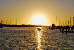 Sunset (Tony Dias 7) Tags: ocean light sunset sun water boat harbour hillarys