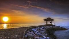 enjoy the sunrise (Gus Aik) Tags: morning bali sunrise relax tourist destination sanur aik seascpae