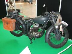 PUCH 250 S4 - Wehrmacht (John Steam) Tags: salzburg classic vintage austria expo military motorbike ww2 motorcycle oldtimer 250 s4 puch militär motorrad wehrmacht zweitakt oldtimerausstellung 250s4 wh282992