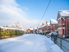 Malthouse Road in the snow! (JKS1988) Tags: road snow west sussex nikon adobe coolpix malthouse topaz lightroom crawley p6000 denoise