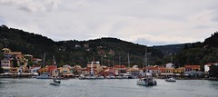 Terugblik op / Looking back at Lakka (wilma HW61) Tags: panorama lakka paxoi paxos paxi griekenland griechenland greece grecia grce peloponnese stadsgezicht view scenery scenario landschap landscape landshaft water   ellda  europa europe evrpi   nisi eiland island insel le isola paesaggiourbano paysageurbain stadtbild stadsbeeld outdoor nikond90 wilmahw61 wilmawesterhoud zee sea ionianisland