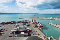 Port Napier (ChiiPicts) Tags: napier newzealand northisland port wharf shipyard ocean water cityscape
