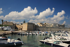 Clouds over Otranto (lorenzhome) Tags: otranto puglia italien italy apulien clouds wolken ha hafen