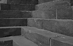 Temple steps (xerx_pictive) Tags: stone carving temples proportion shapes