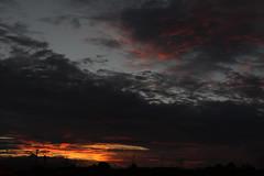 Crepúsculo otoñal (alexsv92) Tags: atardecer day sun sky cielo sombras nubes