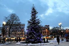 Il Natale si avvicina (IVAN 63) Tags: riga latvia lettonia vecriga christmastree view neve natale panorama panoramiche white vista paesaggio natalizio nevivatabianco