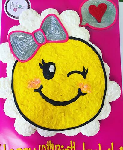 19-polkatots cupcake cakes